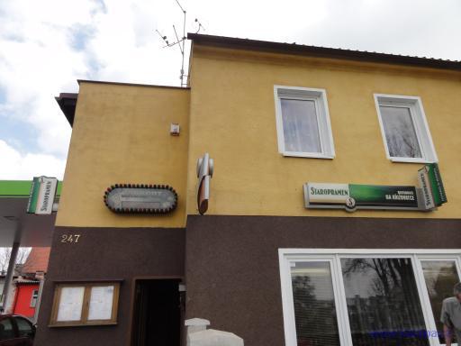 Restaurace Na křižovatce - Uhlířské Janovice